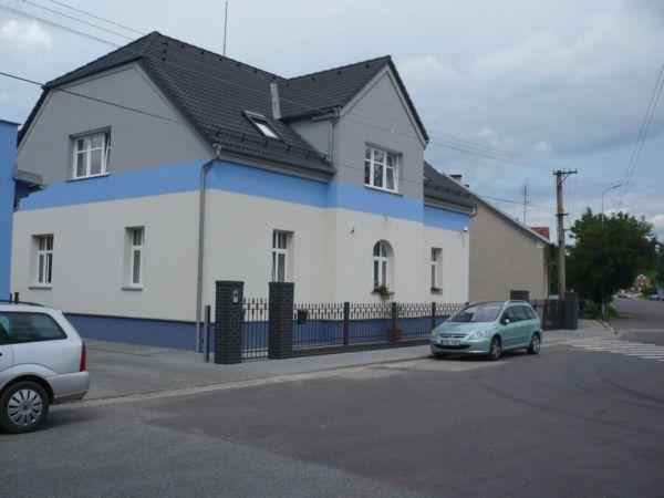 hlavni-budova